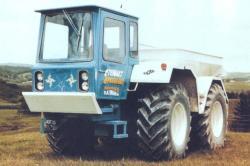 county-1454-forward-control-cab.jpg