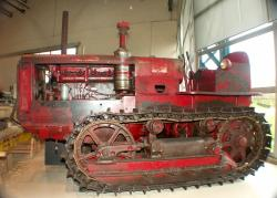 deering-d-tractor.jpg
