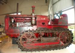 deering-d-tractor.jpg