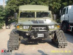 dongfeng-with-tracks.jpg