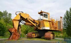 Dsc 0498a demag h 285 excavator