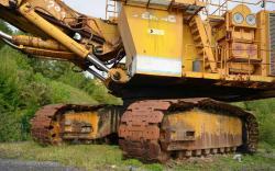 Dsc 0500a demag h 285 excavator