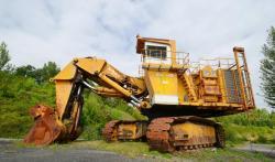 Dsc 0501a demag h 285 excavator