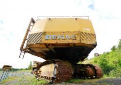 Dsc 0509a demag h 285 excavator