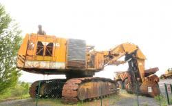 Dsc 0516a demag h 285 excavator