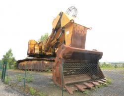 Dsc 0521a demag h 285 excavator
