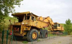 Dsc 0546a caterpillar 7730 dump truck