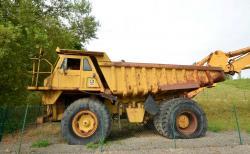 Dsc 0548a caterpillar 7730 dump truck