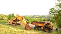 Dsc 0566a caterpillar 7730 dump truck