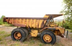 Dsc 0570a caterpillar 7730 dump truck
