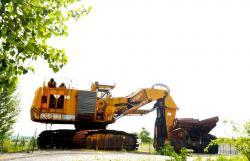 Dsc 0639a demag h 285 excavator