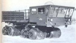 fwd-terracruzer-xm40-8x8-1957-58.jpg