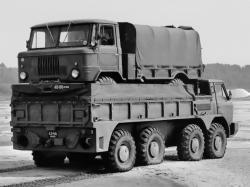 gaz-44-8x8-1972.jpg