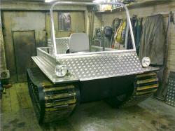 home-made-tracked-vehicle-parma-2012.jpg