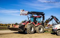 Huddig articulated tractor