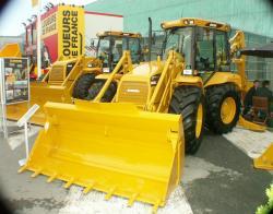 hydrema-4x4-loader.jpg