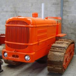 la-licorne-tractor.jpg