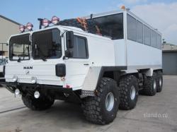 man-8x8-bus.jpg
