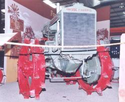 massey-harris-articulated-4x4-2.jpg