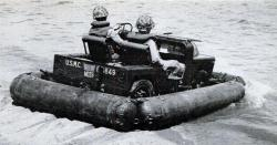 mighty-mite-with-floats-1953.jpg