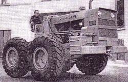 moncalvi-tractor.jpg