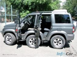 Off road 6x6 issued from uaz