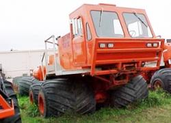 rolligon-8x8-1978.jpg