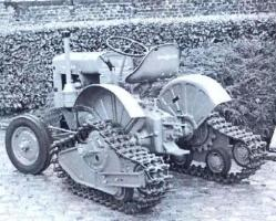 semi-tracked-hulle-on-deutz-tractor.jpg