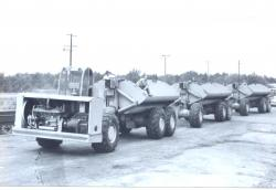 side-dump-truck-of-letourneau-1955.jpg