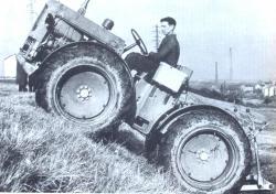 st-chamond-4x4-tractor-1958.jpg