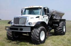 stahly-on-navistar-chassis.jpg