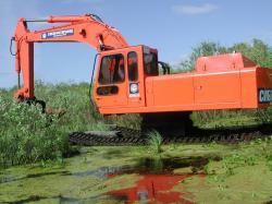 swamp-buggie-excavator-ec-270.jpg