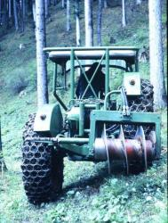three-wheeled-tractor-pekazett-2.jpg