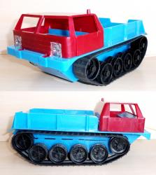 Tracked toys of former east germany