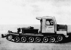 tracked-tractor-sz24-1962.jpg