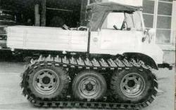 unimog-based-tractor-1.jpg