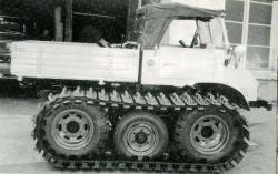 unimog-based-tractor-1.jpg
