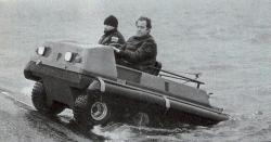valt-6x6-amphibious-1986.jpg