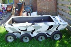 venema-8x8-amphibious-2004.jpg
