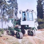 Four tracked vehicle