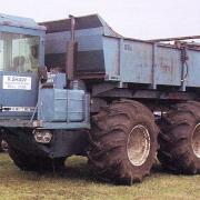 Foward Control County FC 1184 TW with spreader