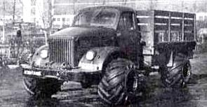 GAZ 51 with hoops tires