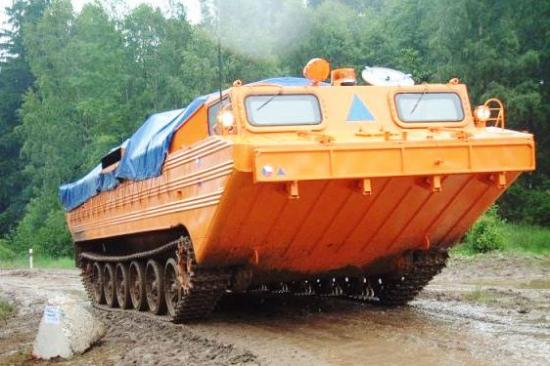 PTS-M amphibious vehicle