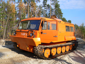 TTM 3902 tracked vehicle