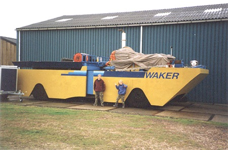 Waker articulated amphibious vehicle