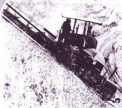 cat-r4-and-holt-hillside-combine.jpg