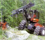Valmet-901-935 Harvester